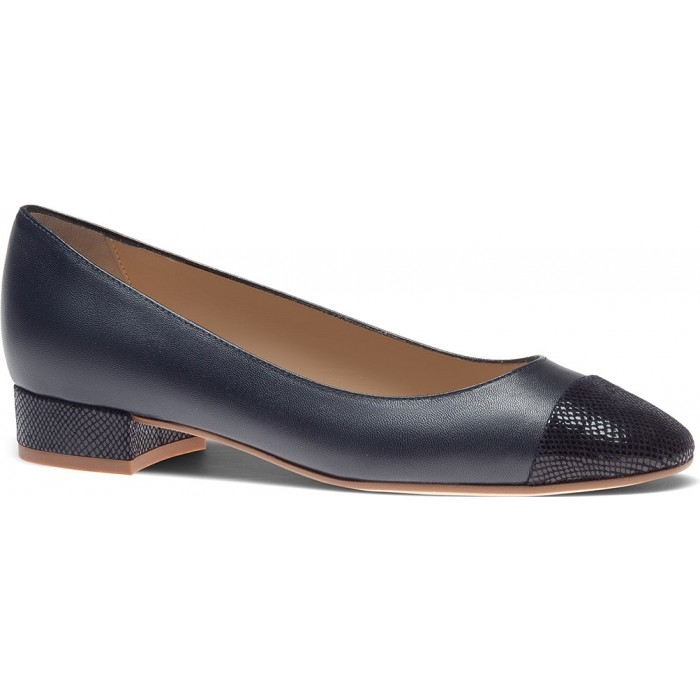 ТУФЛИ кожаные туфли на низком каблуке lizard кожаные туфли на низком каблуке